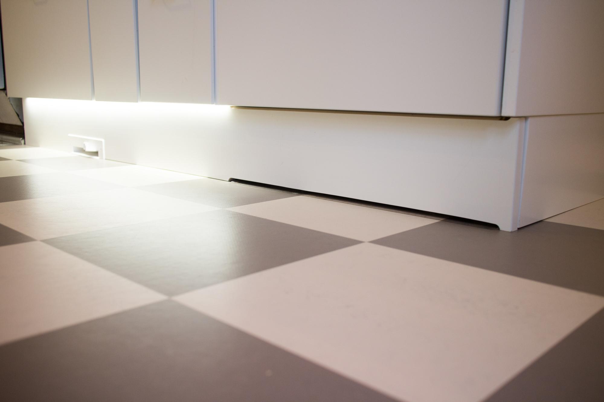 Keittiö – Vaihe 12 Keittiö on nyt VALMIS? – Rintamamiestalon uudet asukit