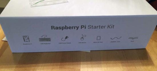 Raspberry Pi 3 Model B, starter kit sisälsi pitkälti kaiken mitä tarvitsin.
